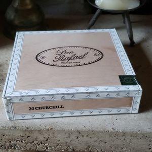 Vintage Don Rafael Cigar Box
